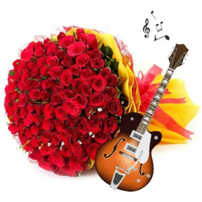 GUITARIST + 15 RED ROSES BUNCH