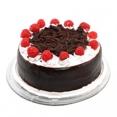 Cream & Cherry Black Forest Cake
