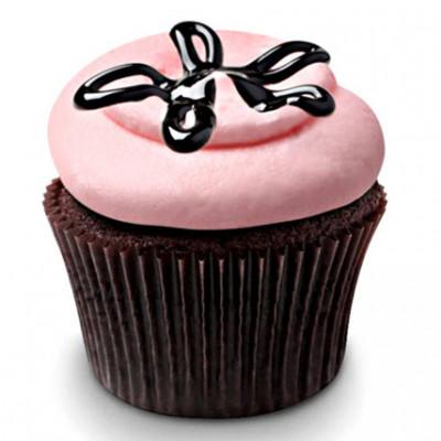 Strawberry Lava Fudge Cupcakes