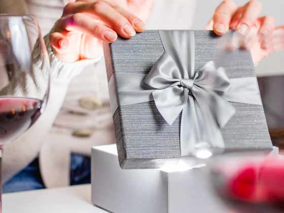 5 Best Gift Ideas For The Love Of Your Life